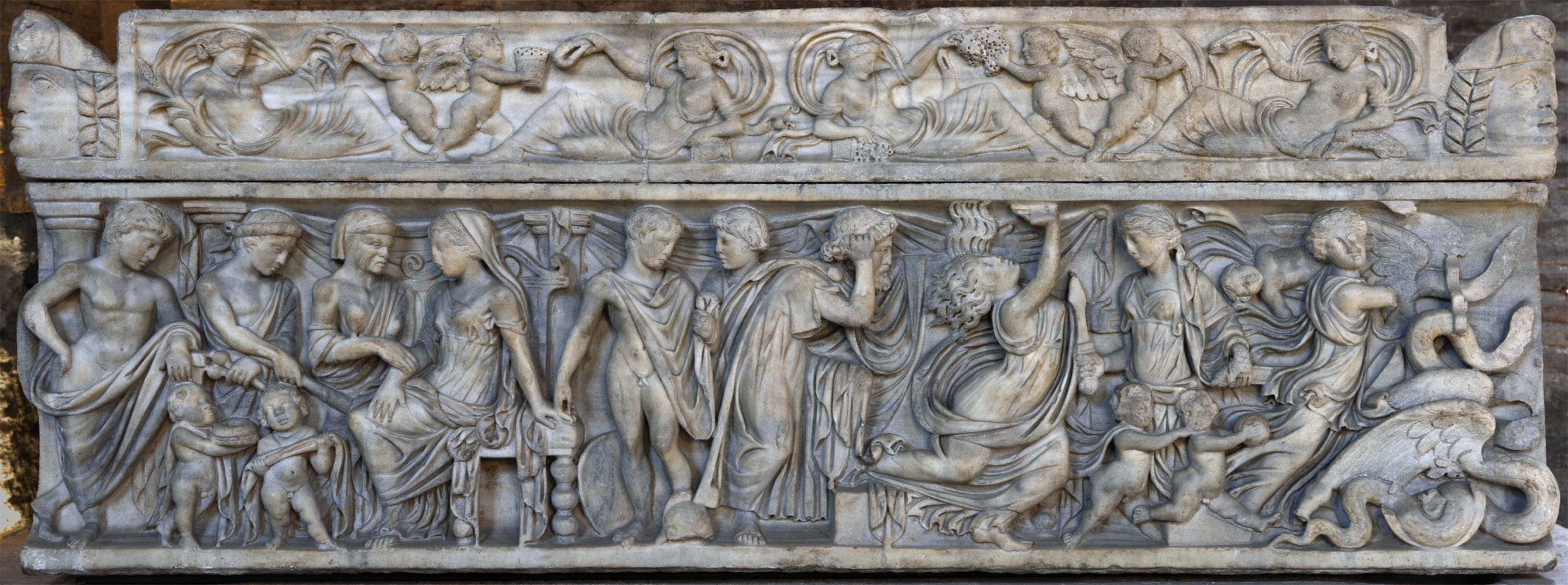 Sarcophagus with the myth of Medea. Lid frieze and front relief. Marble. 2-nd half of the 2-nd cent. CE. Rome, Roman National Museum, Baths of Diocletian, Aula X