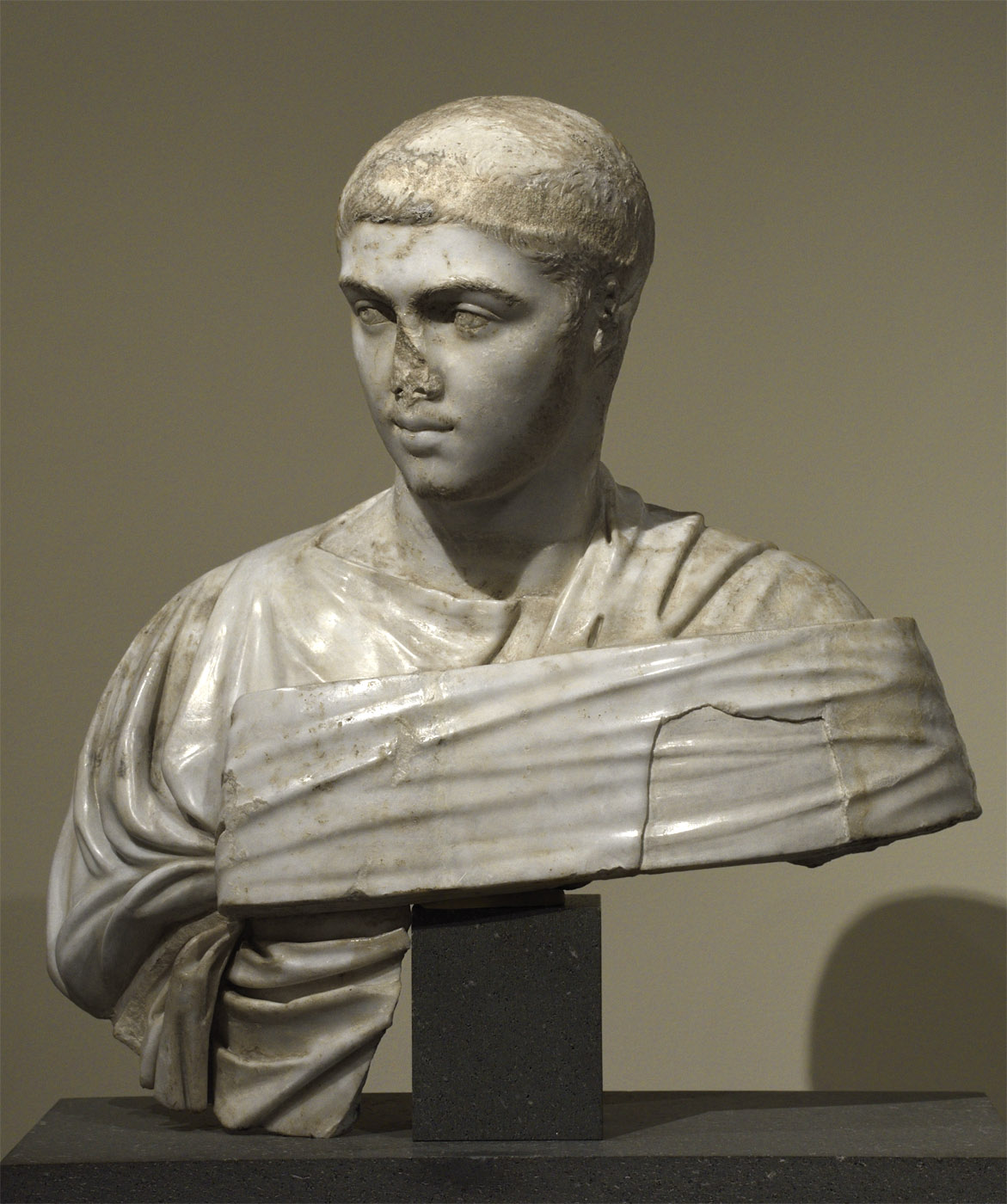 Portrait bust of Severus Alexander. Marble. 230—235 CE. Inv. No. 2011.87. New York, the Metropolitan Museum of Art
