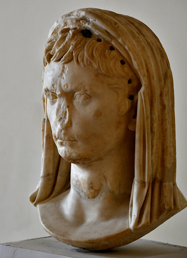 August as a Pontifex Maximus. Marble. 10—9 BCE. Height 41 cm. Inv. No. 200. Venice, National Archaeological Museum