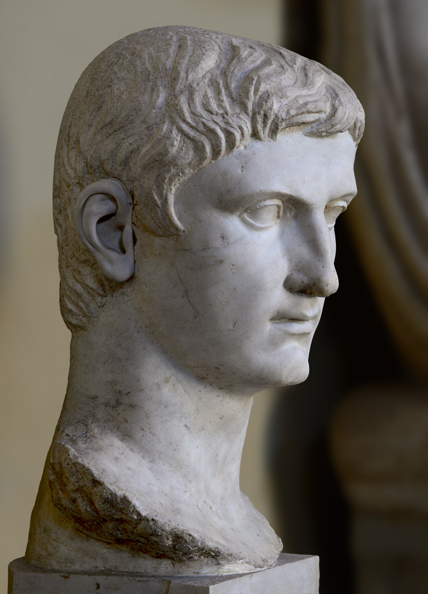 Head of a colossal statue of August. Marble. Posthumous portrait, 41—54 CE. Inv. No. 1639. Rome, Vatican Museums, Chiaramonti Museum, XXIX. 2