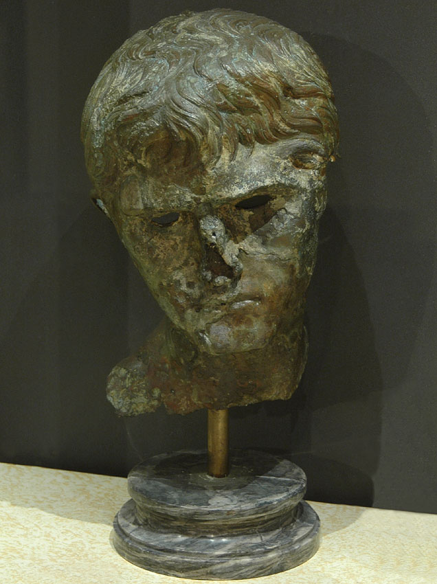 Portrait of a Prince of the Augustan Dynasty. Bronze. Inv. No. MC 2171. Rome, Capitoline Museums, Museum Montemartini (Centrale Montemartini), I. 25a