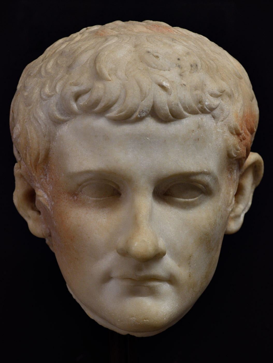 Portrait of a member of a Julio-Claudian dynasty. Medium/fine grain white parian marble. First decades of the 1st cent. CE. Baia, Archaeological Museum of the Phlegraean Fields