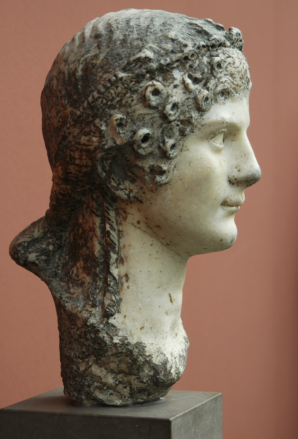 Agrippina Minor. Marble. 41—54 CE. Height 36 cm. Inv. No. 755. Copenhagen, New Carlsberg Glyptotek