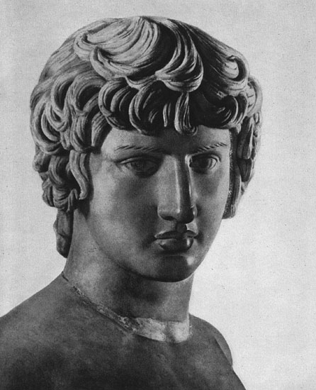 Head of the statue of Antinous. Marble. 130s CE. Naples, National Archaeological Museum