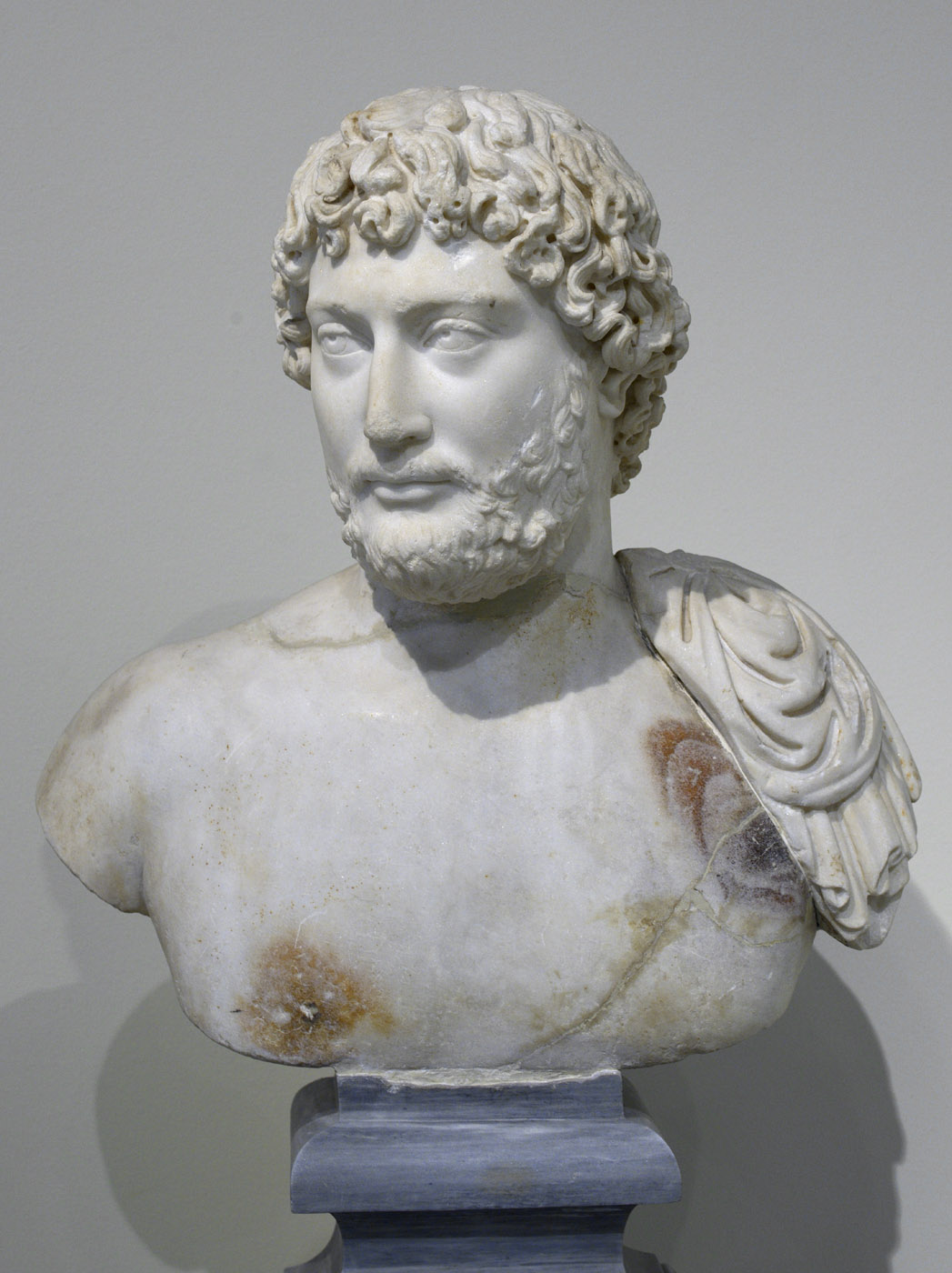 Portrait bust of the emperor Hadrian with idealistic features. Pentelic marble. Ca. 130 CE. Inv. No. 249. Athens, National Archaeological Museum