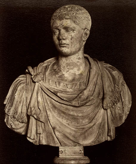 Quintus Herennius, the elder son of Trajan Decius. Marble. Rome, Capitoline Museums, Palazzo Nuovo, Hall of the Emperors