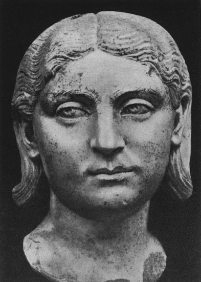 Head of a woman (maybe, Otacilia). Marble. Second quarter of the 3rd century. Copenhagen, New Carlsberg Glyptotek