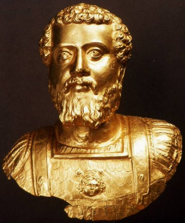 Bust of Septimius Severus. Gold. Late 1st — early 2nd century CE.  Komotini, Archaeological Museum