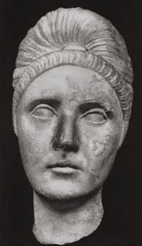 Head of Plotina. Marble. Ca. 110—120 CE. Rome, Roman National Museum, Palazzo Massimo alle Terme