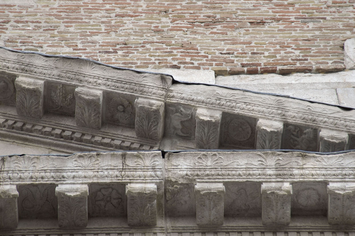 Part's pediment of the Arch of August on northwest side. 27 BCE. Rimini