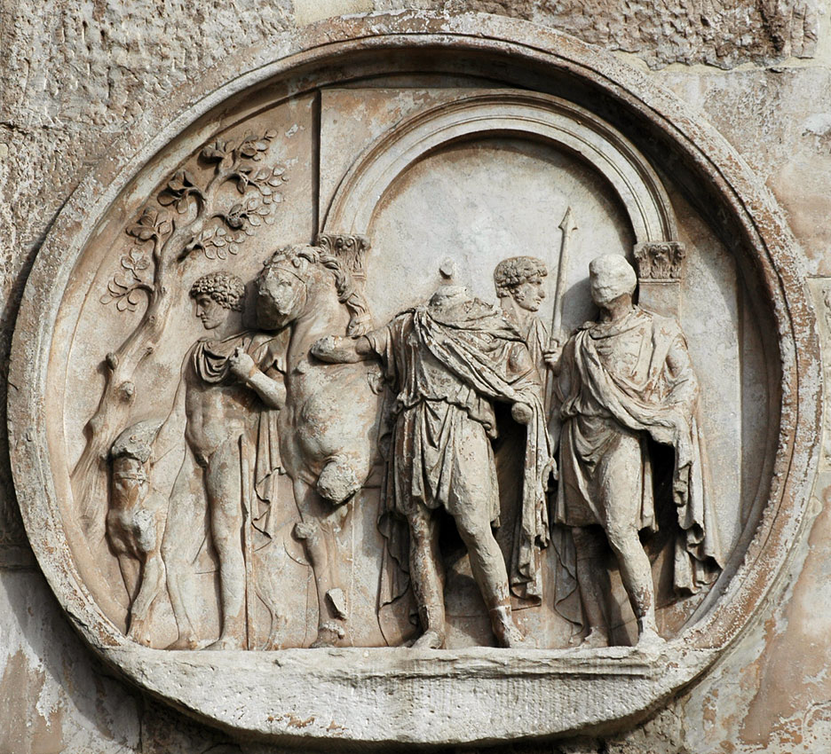 Departure for a hunt. Relief on the Arch of Constantinus, tondo on south side. 117—138 CE. Rome, Arch of Constantine