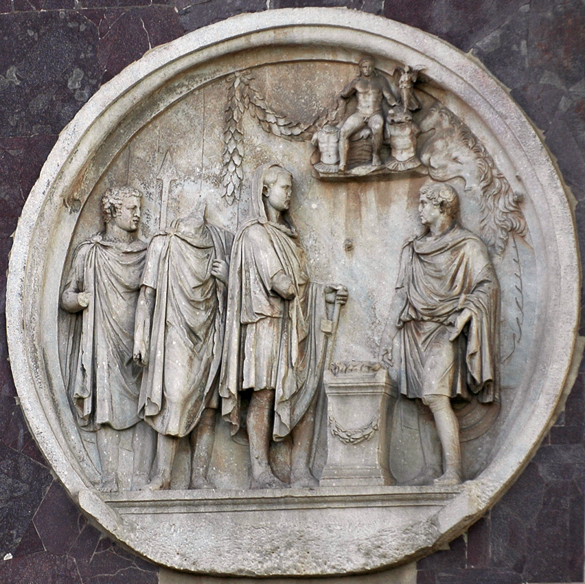 Sacrifice to Hercules. Relief on the Arch of Constantinus, tondo on north side. 117—138 CE. Rome, Arch of Constantine