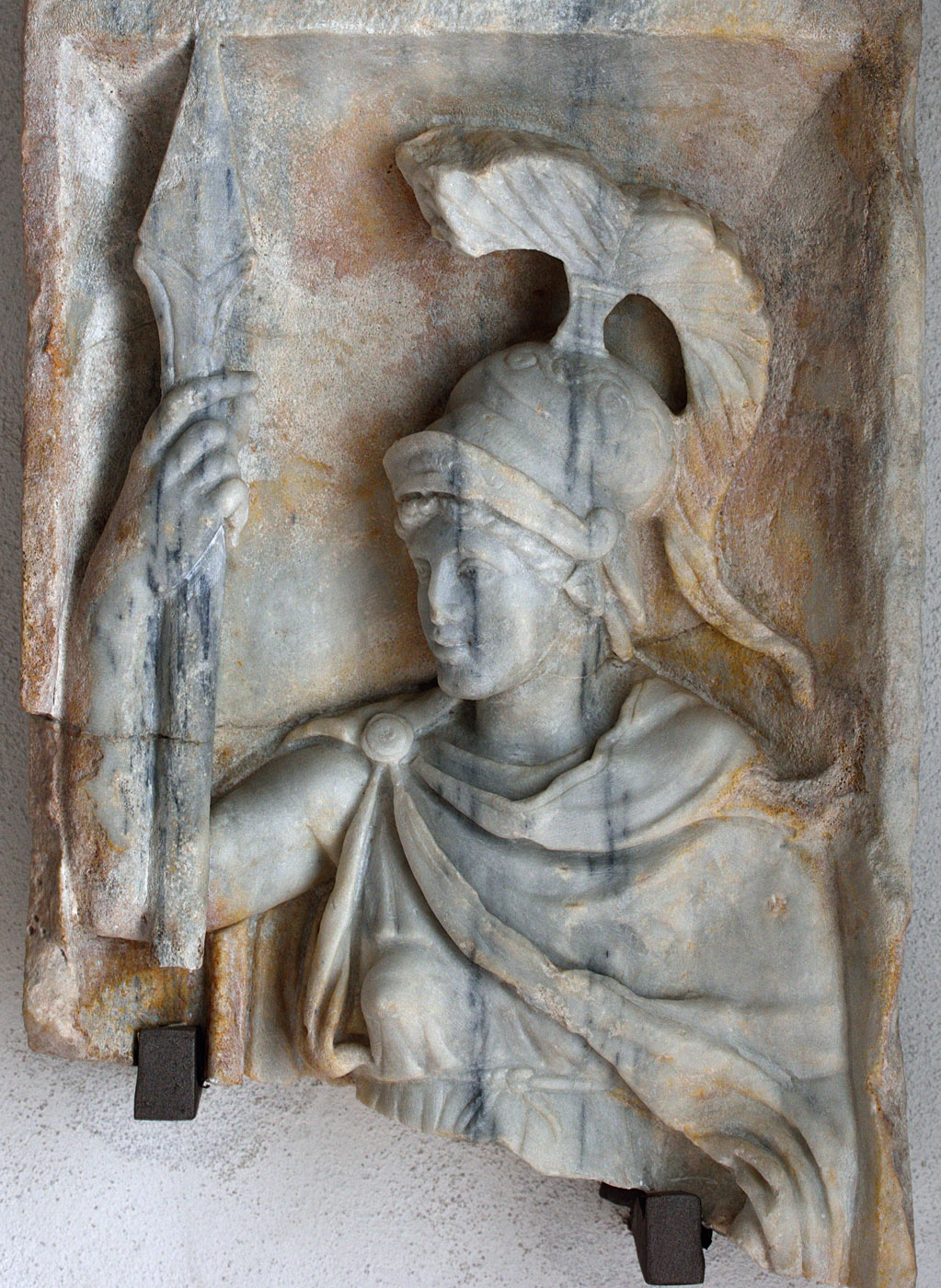 """Relief """"Aeterna Roma"""" (close-up). Marble. Mid-2nd century CE. Baia, Archaeological Museum of the Phlegraean Fields"""