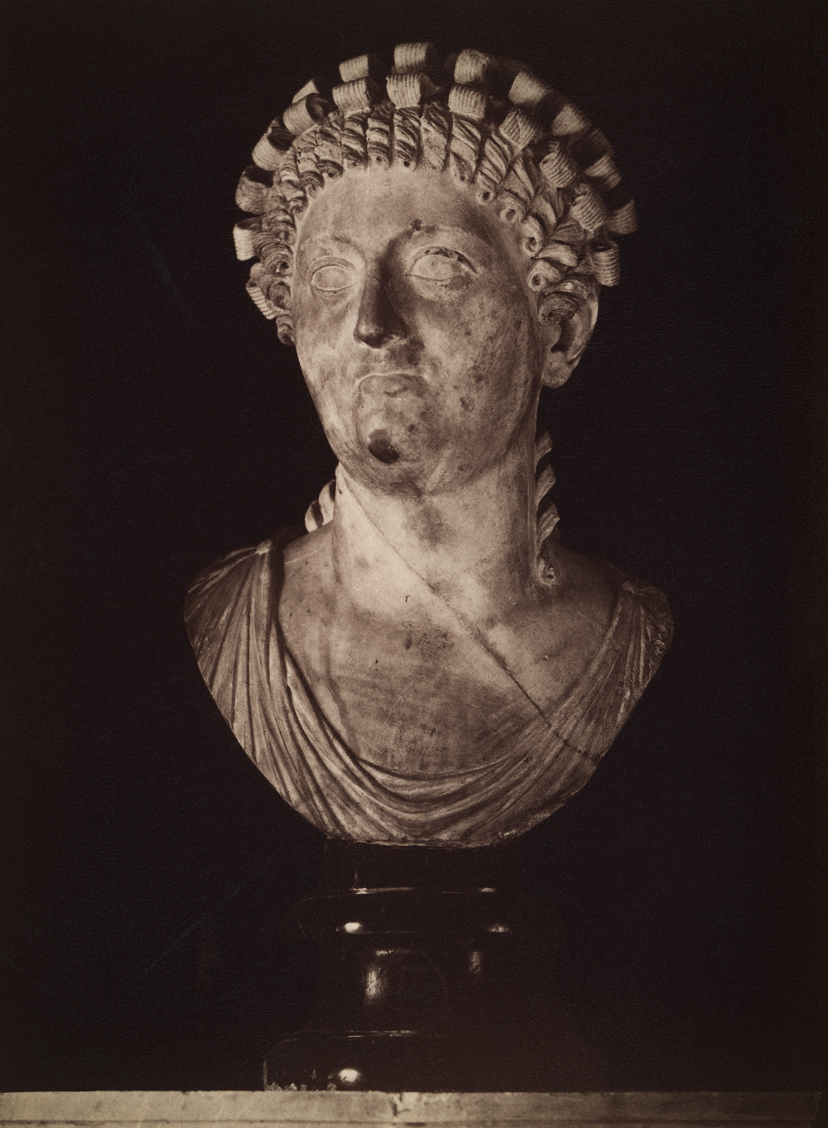 Messalina, the fifth (sic!) wife of Claudius. Marble. 1st century. Rome, Capitoline Museums, Palazzo Nuovo, Hall of the Emperors