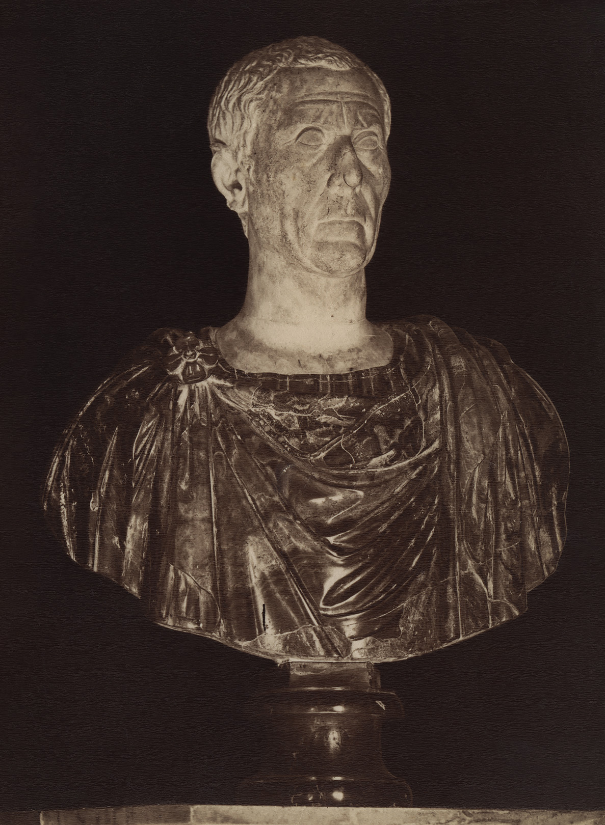 Dictator Gaius Julius Caesar. Marble. Rome, Capitoline Museums, Palazzo Nuovo, Hall of the Emperors