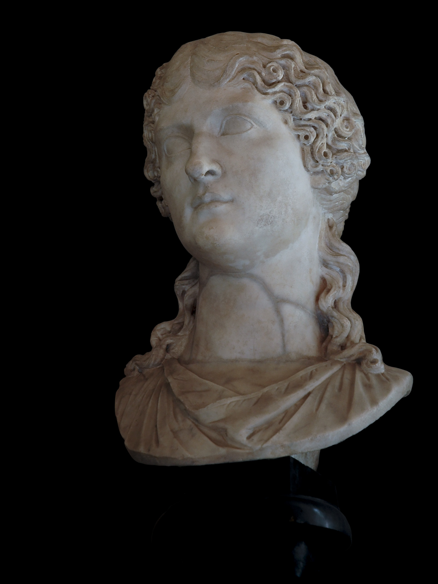 Agrippina the Elder. Marble. 10—20 CE.  Inv. No. MC421. Rome, Capitoline Museums, Palazzo Nuovo, Hall of the Emperors