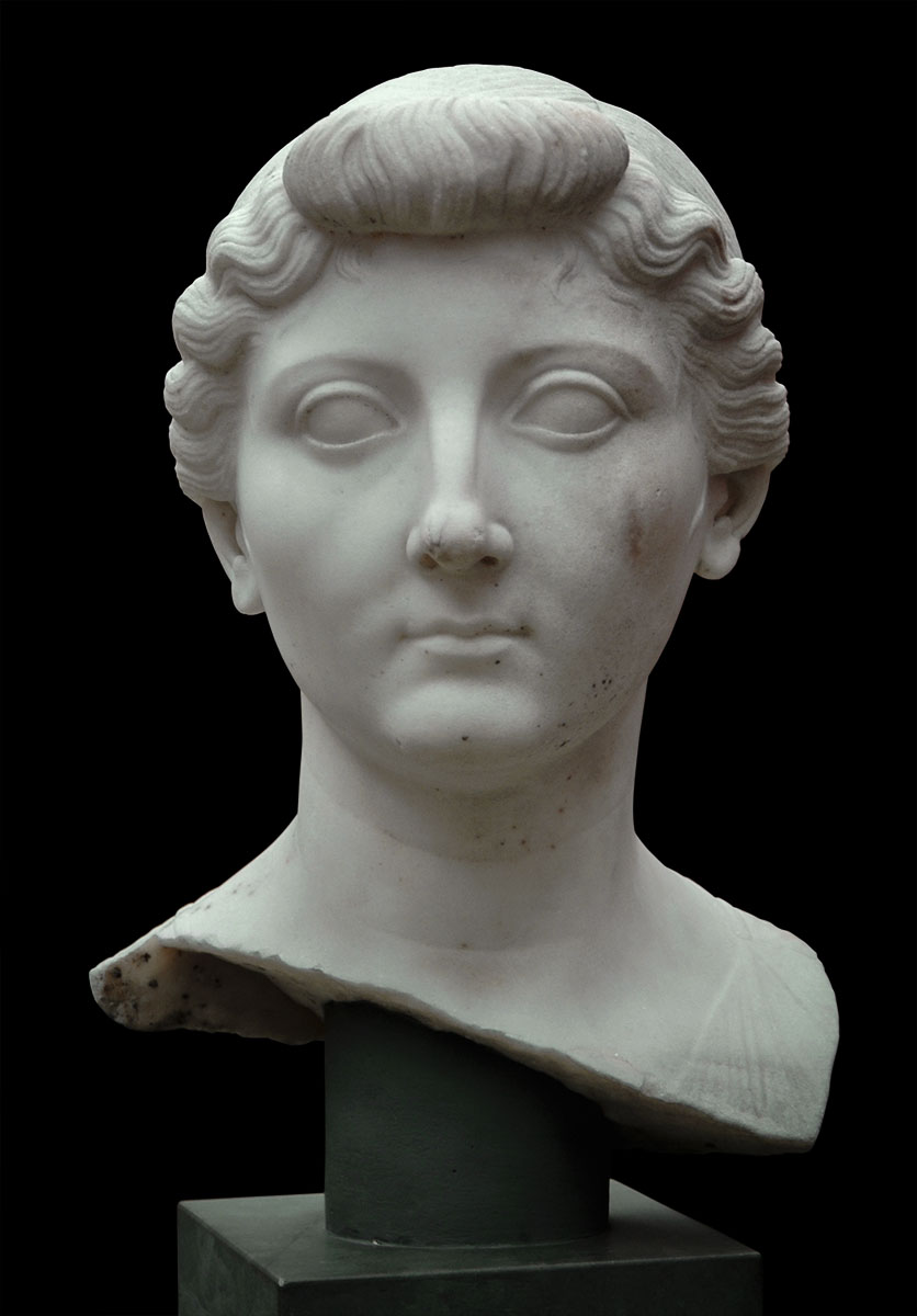 Livia. Marble. Copy from 4 CE or later after an original from 27—23 BCE.  Inv. No. 1444. Copenhagen, New Carlsberg Glyptotek
