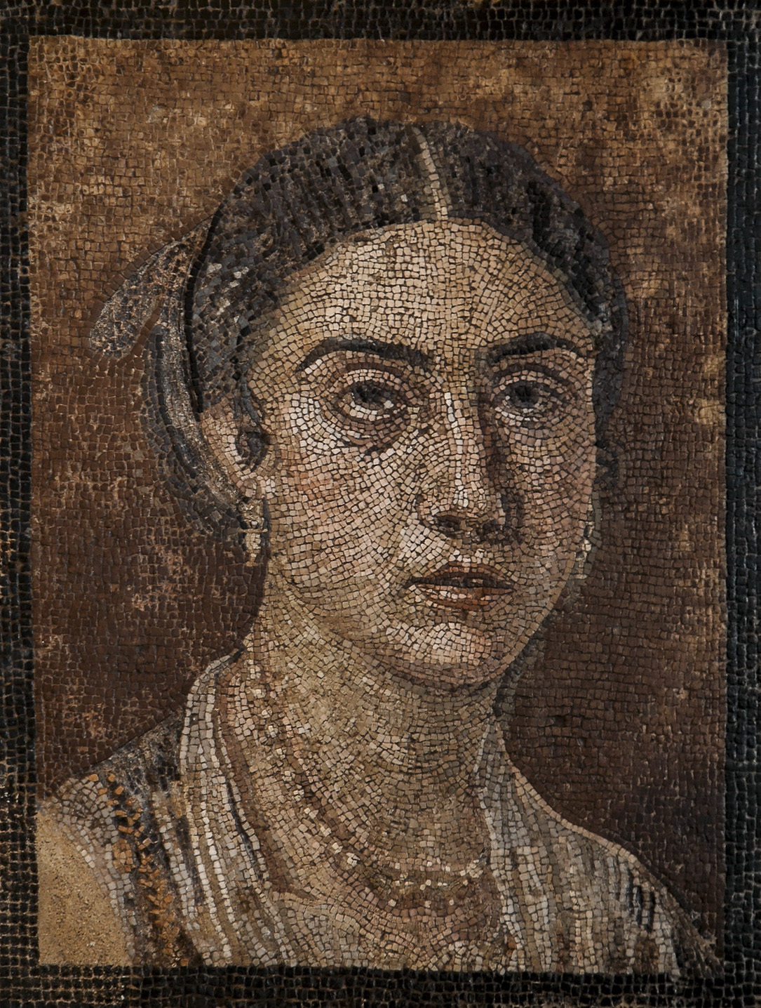 Female portrait. Mosaic from Pompeii (VI, 15, 14). Late 1st cent. BCE. Inv. No. 124666. Naples, National Archaeological Museum