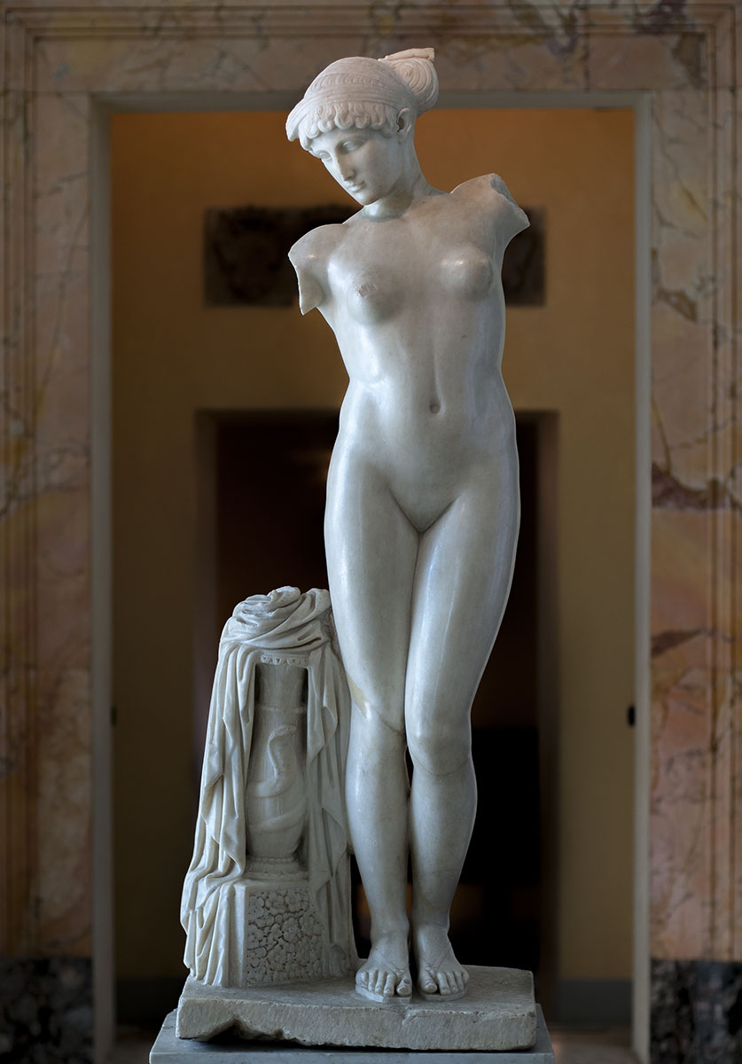 Esquiline Venus. Parian marble. The Age of Hadrian (117—138 CE). Inv. No. 1141. Rome, Capitoline Museums, Palazzo dei Conservatori, Halls of the Horti Lamiani