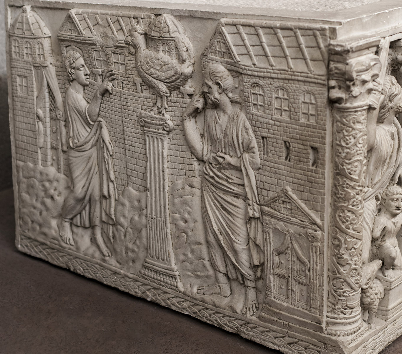 Cast of a sarcophagus with Traditio Legis in the Vatican Grottoes. Left side: Prediction of Peter's denial. Original (inv. 174): marble, c. 350—375 CE. Inv. No. 31528 (ex XXV). Rome, Vatican Museums, Pio-Christian Museum