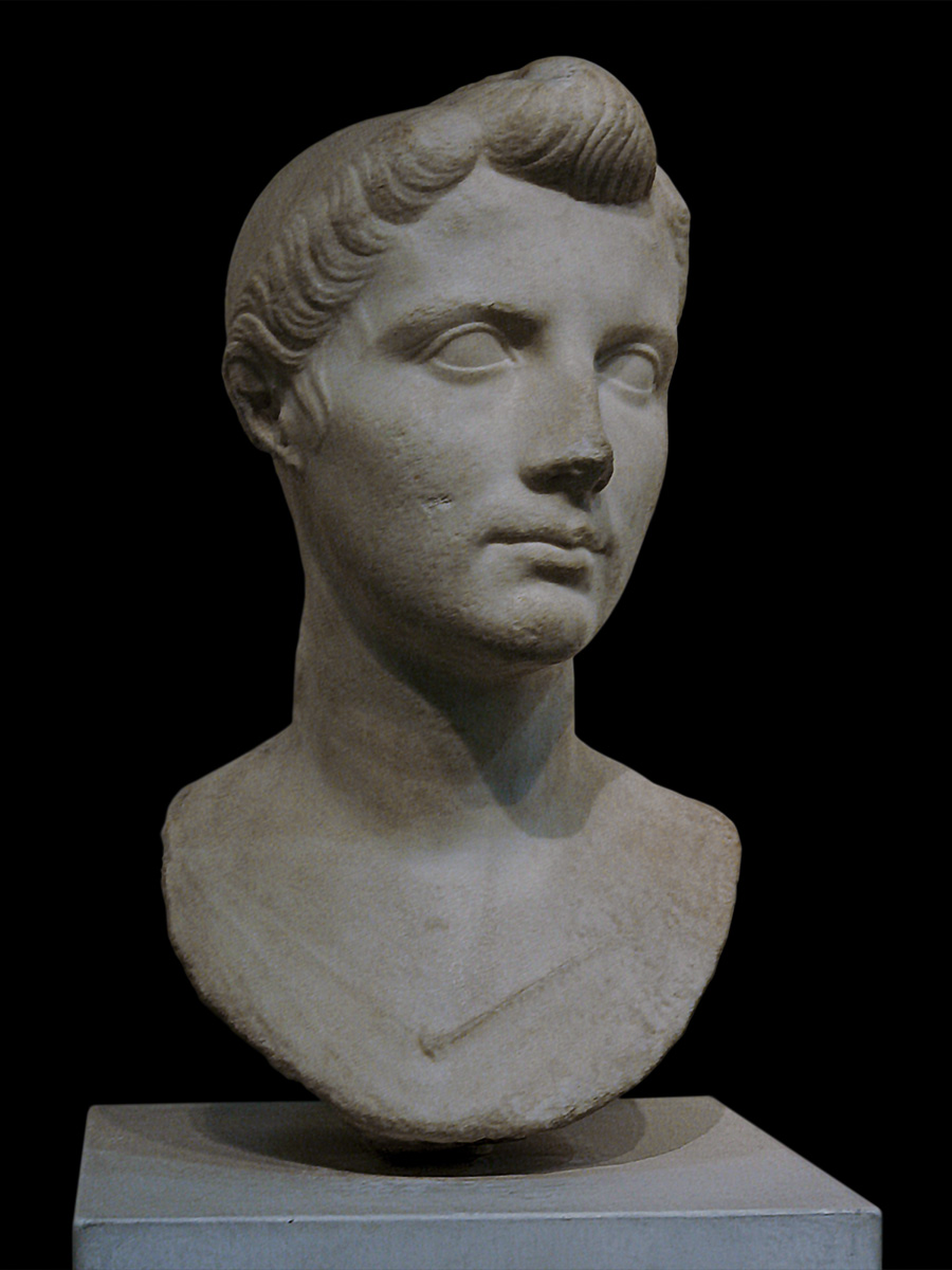 Bust of so-called Octavia. Marble. The Augustan Age (31 BCE — 14 CE). Inv. No. 121221. Rome, Roman National Museum, Palazzo Massimo alle Terme