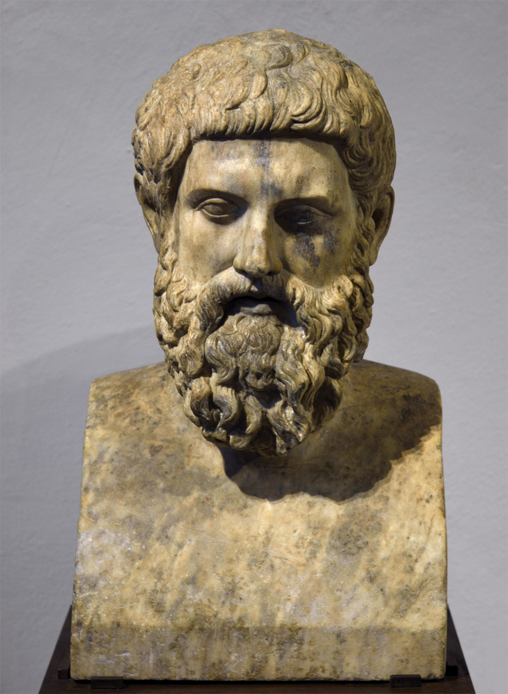 Herm of a barbed man (Miltiades?). Pentelic marble. 2nd half of the 2nd cent. CE. Inv. No. 346. Ravenna, National Museum