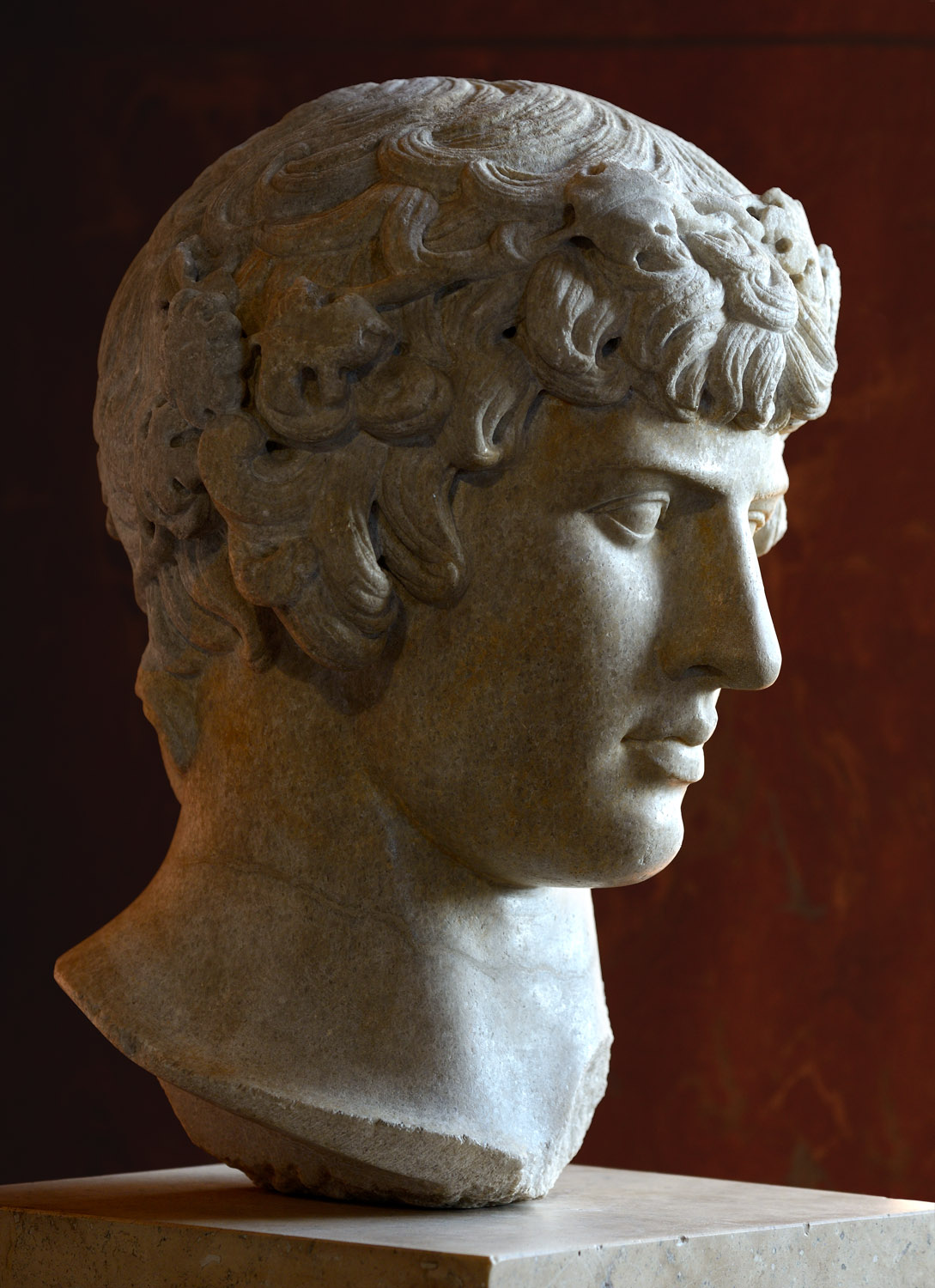 Antinous. Marble. Ca. 130 CE. Inv. No. MR 414 - N 1299 / Ma 238 Paris, Louvre Museum